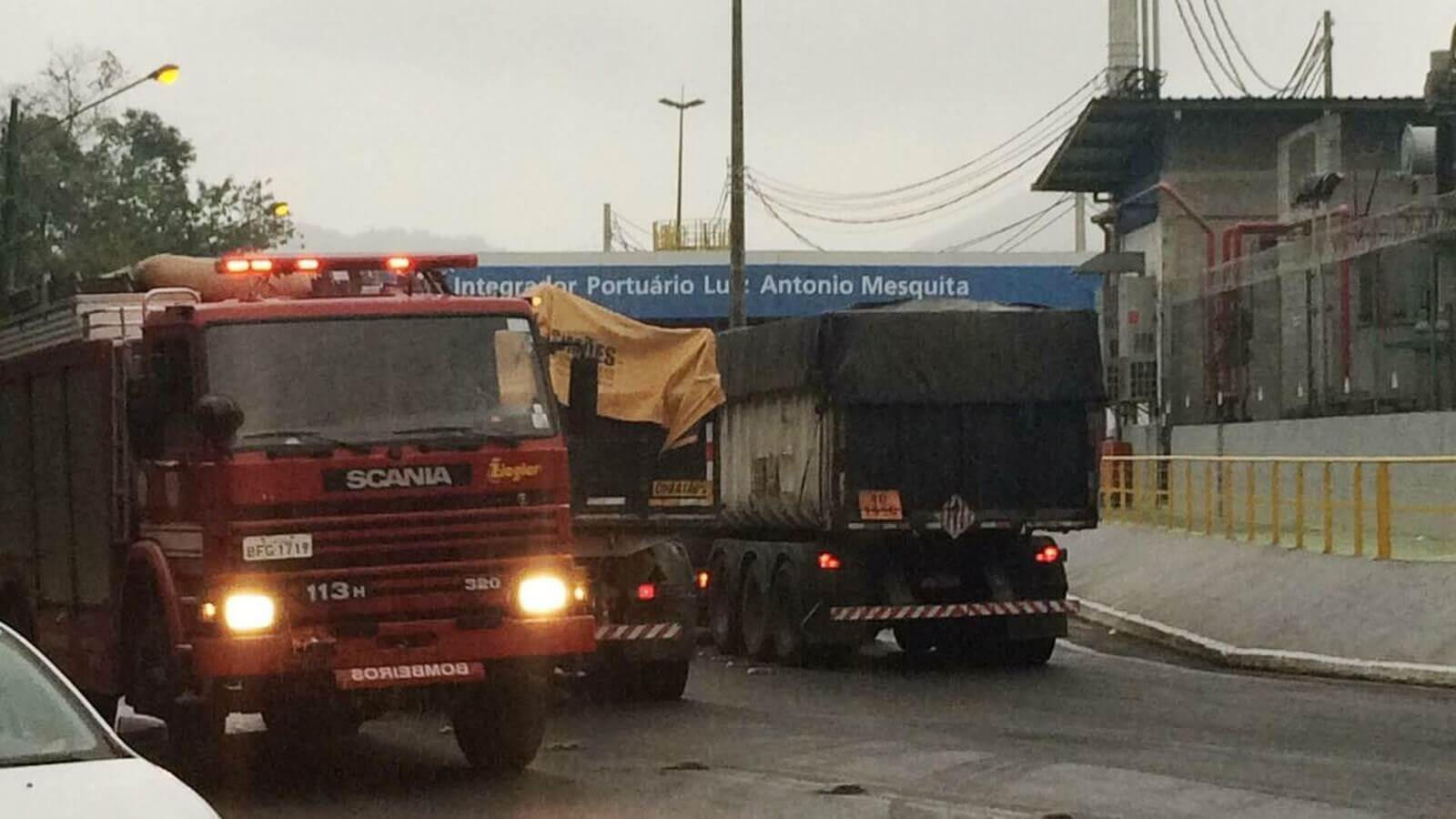 Vazamento de gás de amônia mobiliza equipes de emergência no Polo Industrial de Cubatão, SP